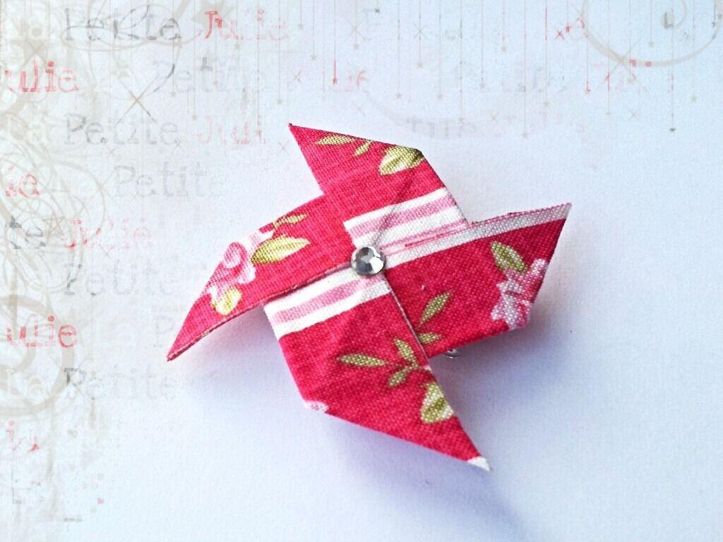 barrette moulin vent origami en tissu fleurs rayures accessoires coiffure par la petite. Black Bedroom Furniture Sets. Home Design Ideas
