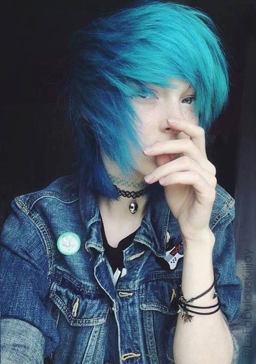 how to make short hair look emo for guys