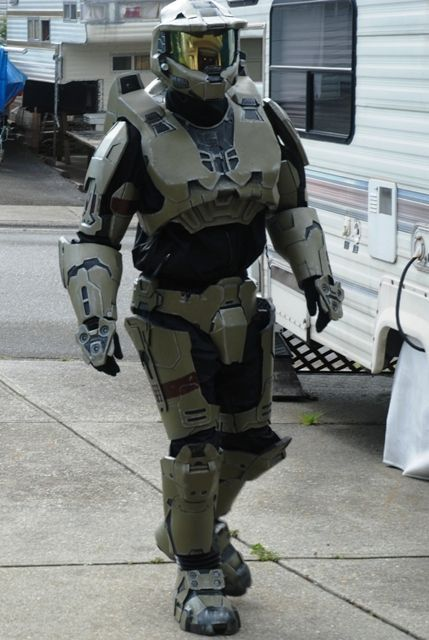 Master Chief Halo Spartan armor. For this project we will use 10mm foam floor mats and 2mm crafting foam. You will need a hot glue gun to stick your shapes ... & How to Make Foam Halo Armor | Pinterest | Halo spartan armor Halo ...