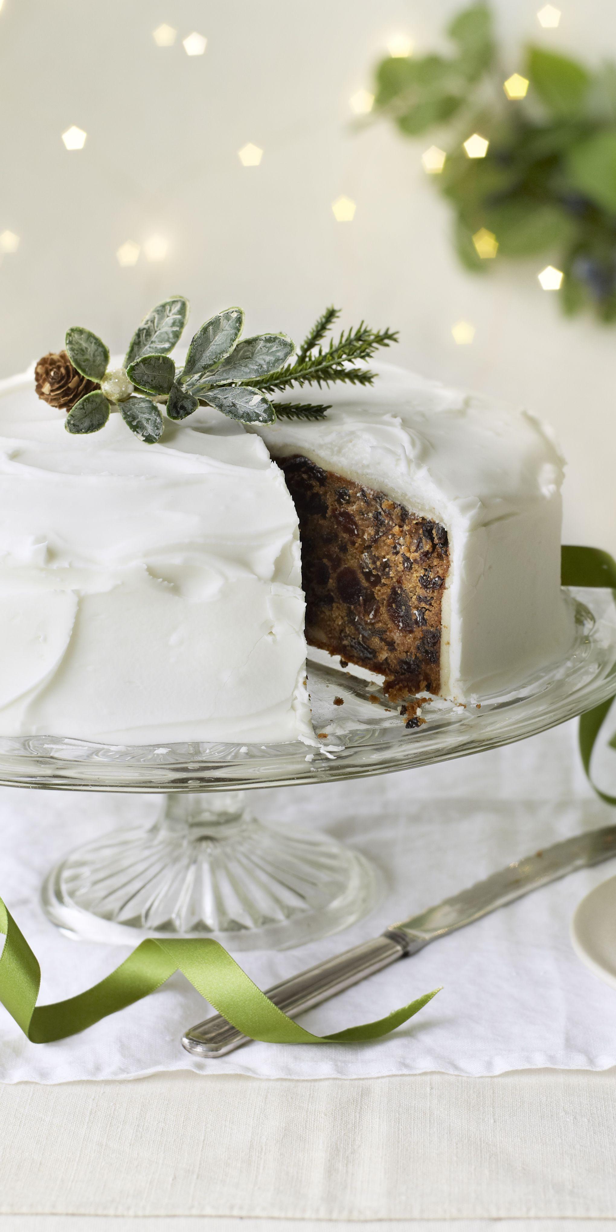 Mary Berry S Classic Christmas Cake Recipe Recipe Christmas Cake Recipes Christmas Cake Mary Berry Christmas Cake