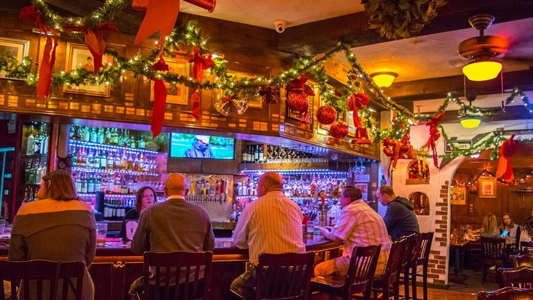 where to dine and drink on christmas eve day in houston - Restaurants Open On Christmas Day Houston