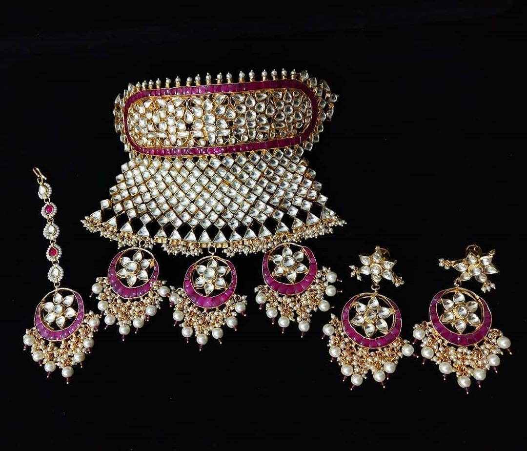Ahmedabadi Kundan Bridal Necklace Set 12500 Only Free Shipping Code Hd1050 Ship All India Only In 2020 Bridal Necklace Set Bridal Necklace Kundan Jewellery