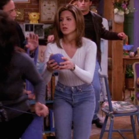 Photo of 90s food There are lots of iconic fashion moments from the iconic show Friends. …