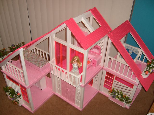 The One And Only Mattel Barbie 1978 A Frame Dreamhouse Website For Devoted Fans Baribie S Totally Pink House Fall 2016 Edition