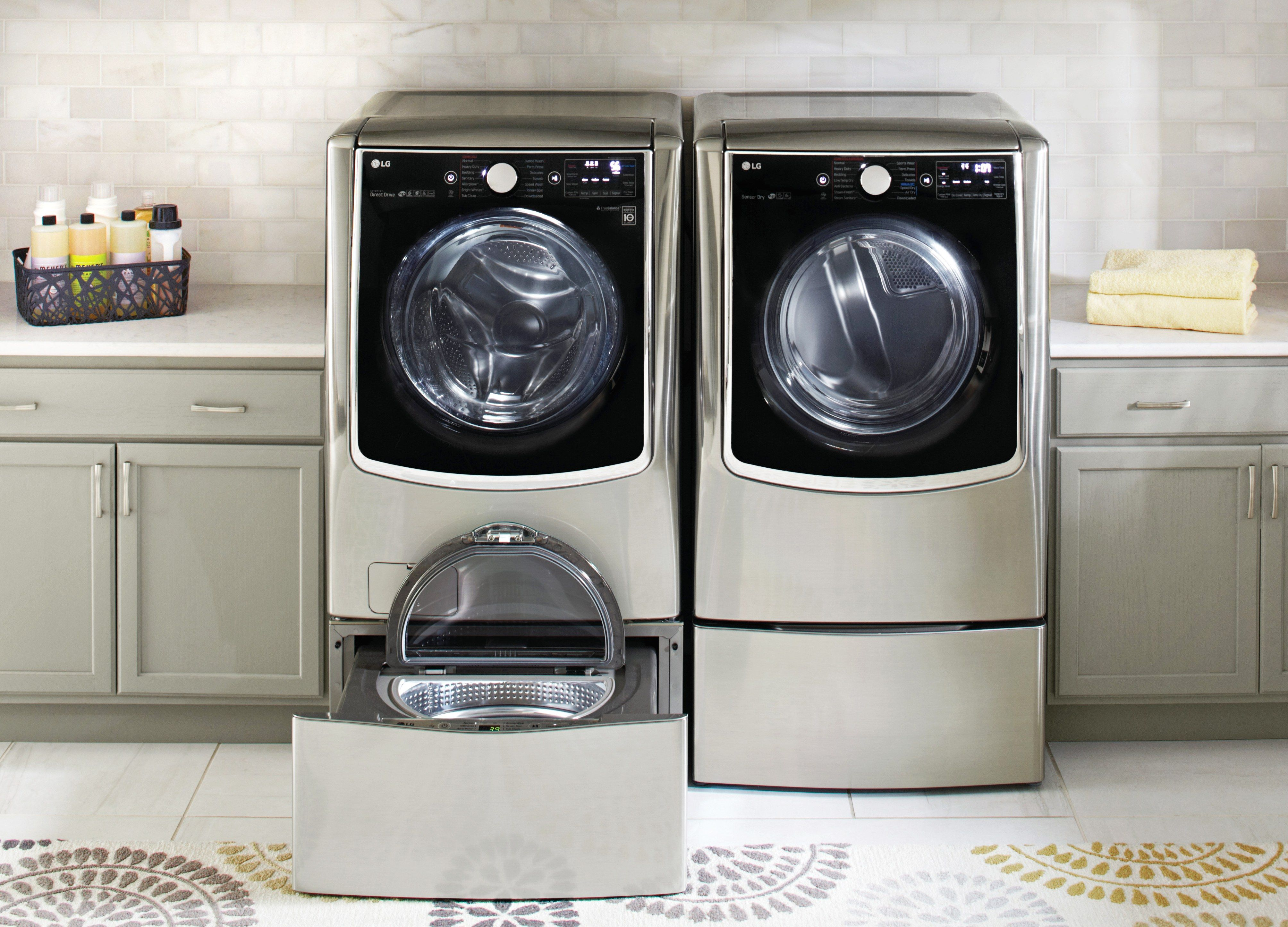 A Multitasking Washing Machine Can Handle Two Separate Loads At The Same Time Machine A Laver Et Tiroir
