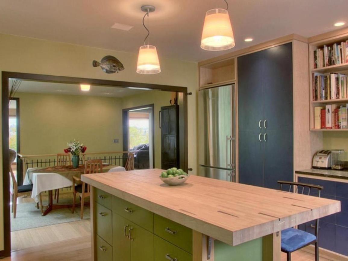 Unique Butcher Block Kitchen Island Ideas - http://hoome ...