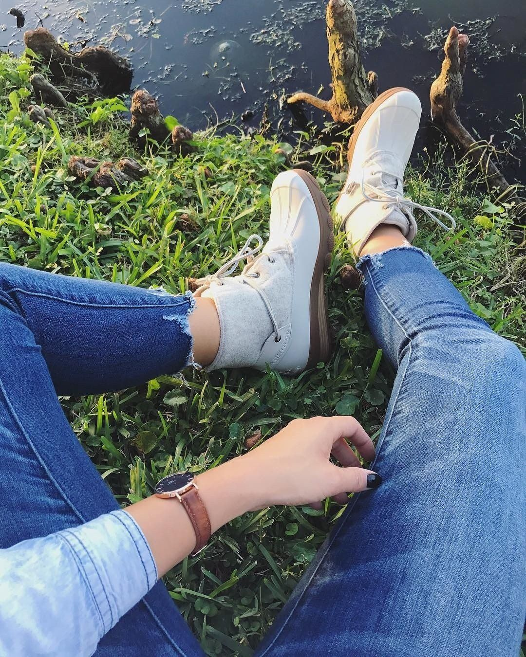85ac33ee1718 Feeling all the fall vibes in the new wool Saltwater Wedge Tide duck boot  from Sperry.  jaeatleta
