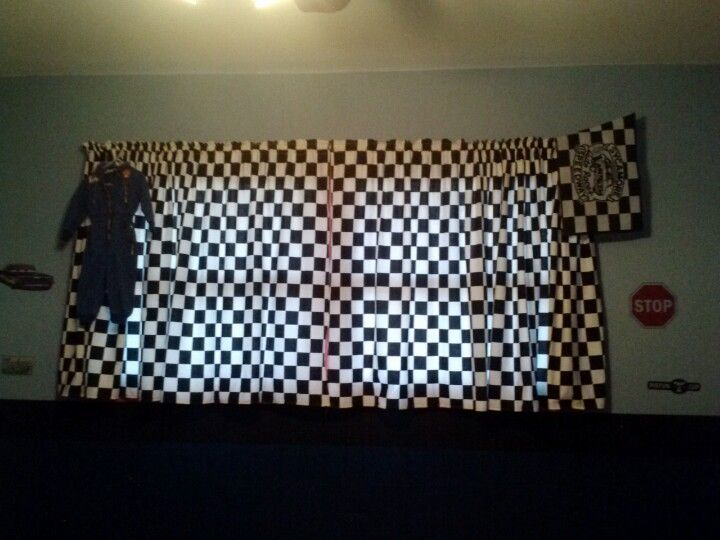 At the races, checkered.flag, curtains | Kids bedrooms | Pinterest ...