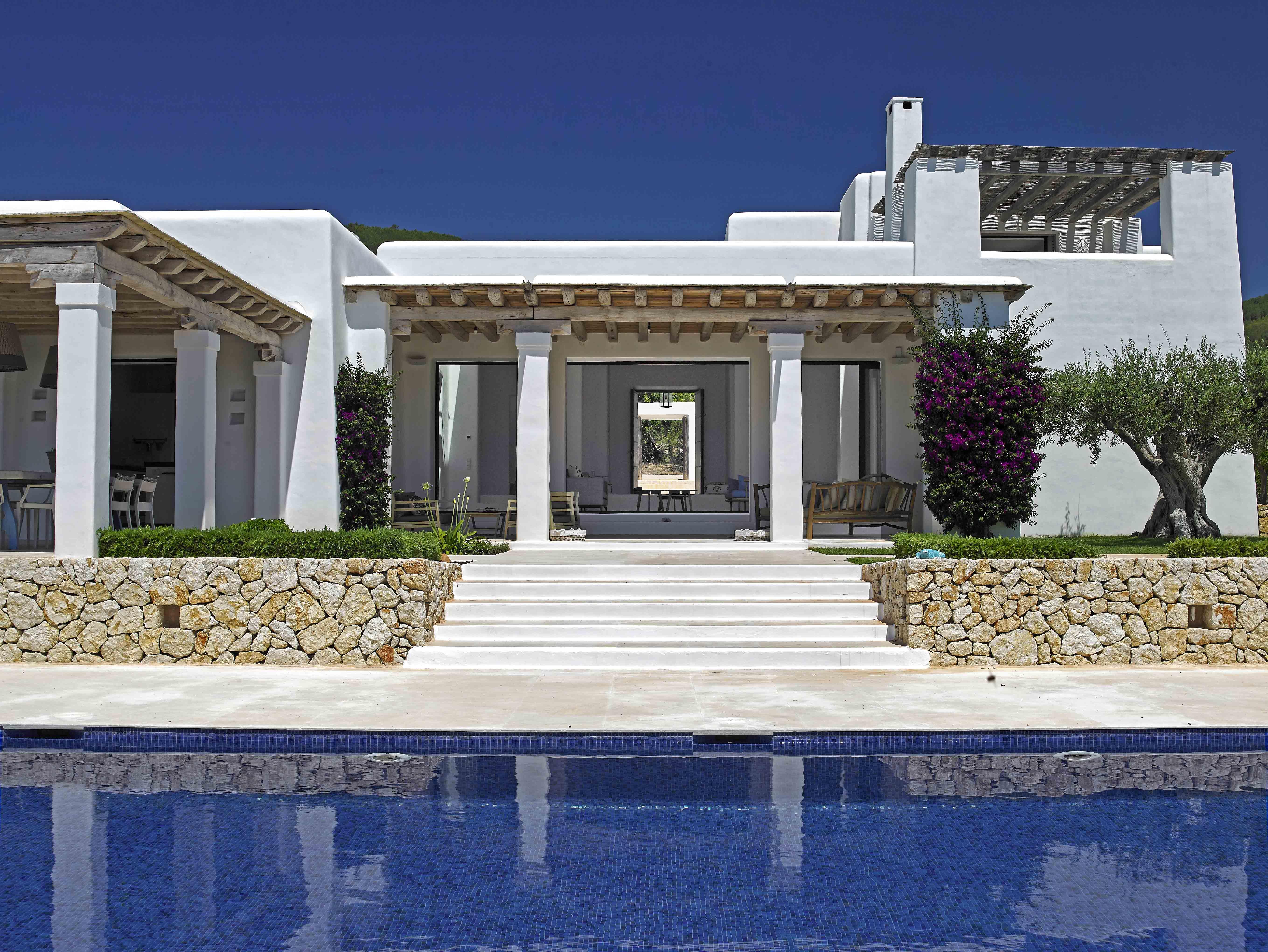 Can Holger Blakstad Project Ibiza Conrad White Exteriores De Casas Casas Mediterraneas Casas De Playa