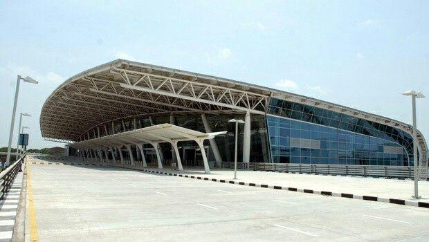 Chennai airport Trending on TrendsToday App #Twitter (India - app for resume