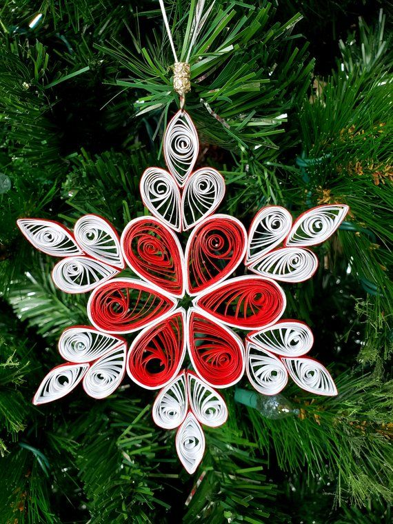 5 inch Quilled Snowflakes Christmas Ornament #howtoputribbononachristmastree