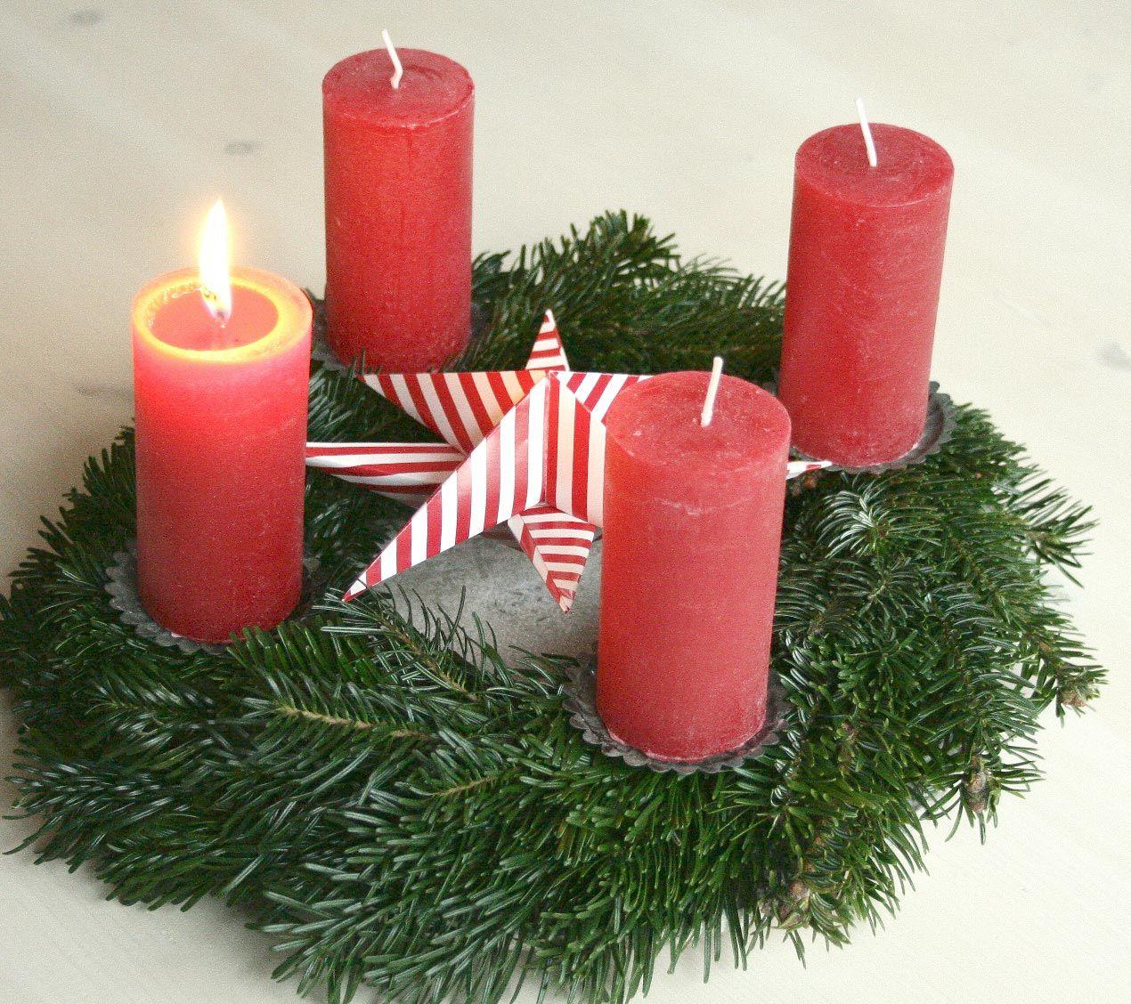 diy dezember teil 1 ideen aus papier kerst algemeen. Black Bedroom Furniture Sets. Home Design Ideas