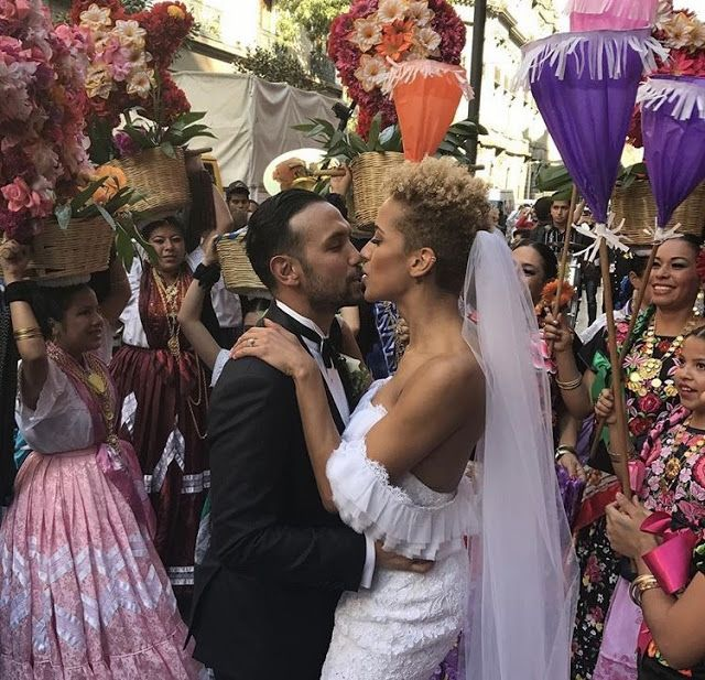 96 Fun Facts About Your Favorite Bridal Designers: Fashion Designer, Carly Cushnie, Ties The Knot In Mexico