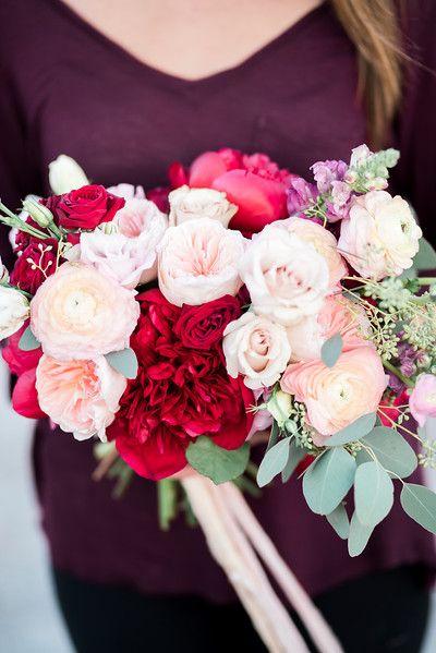 Las Vegas Wedding Photographer Garden rose bouquet, Blush bridal