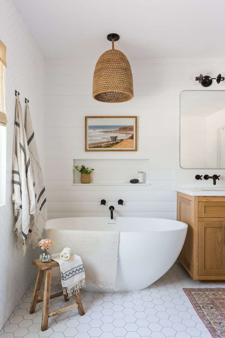 20 Modernes Bauernhaus Und Cottage Badezimmer Fliesen Ideas In 2020 Master Bathroom Design Cottage Bathroom Modern Farmhouse Bathroom