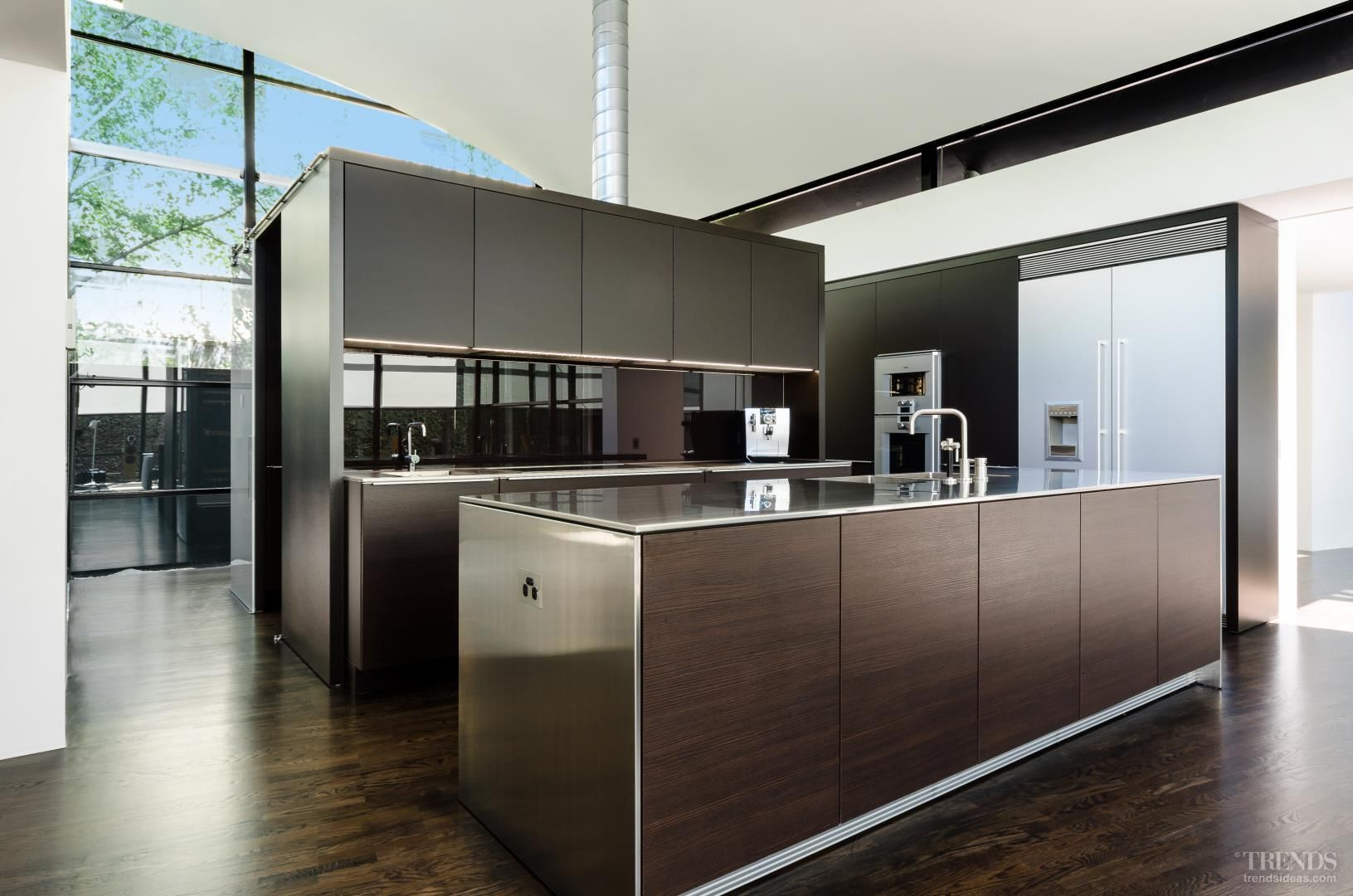 Contemporary Kitchen Insert Includes Wine Fridges And Concealed Butler S Pantry Tida Australian Im Scandinavian Kitchen Design Best Kitchen Designs Cabinetry