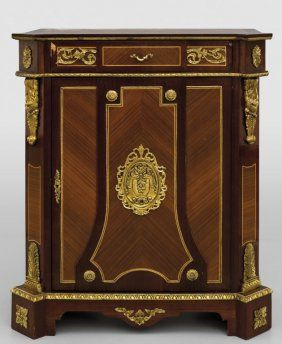 Credenzino no stile Luigi XVI a uno con Sportello | MOVEIS CLASSICOS ...