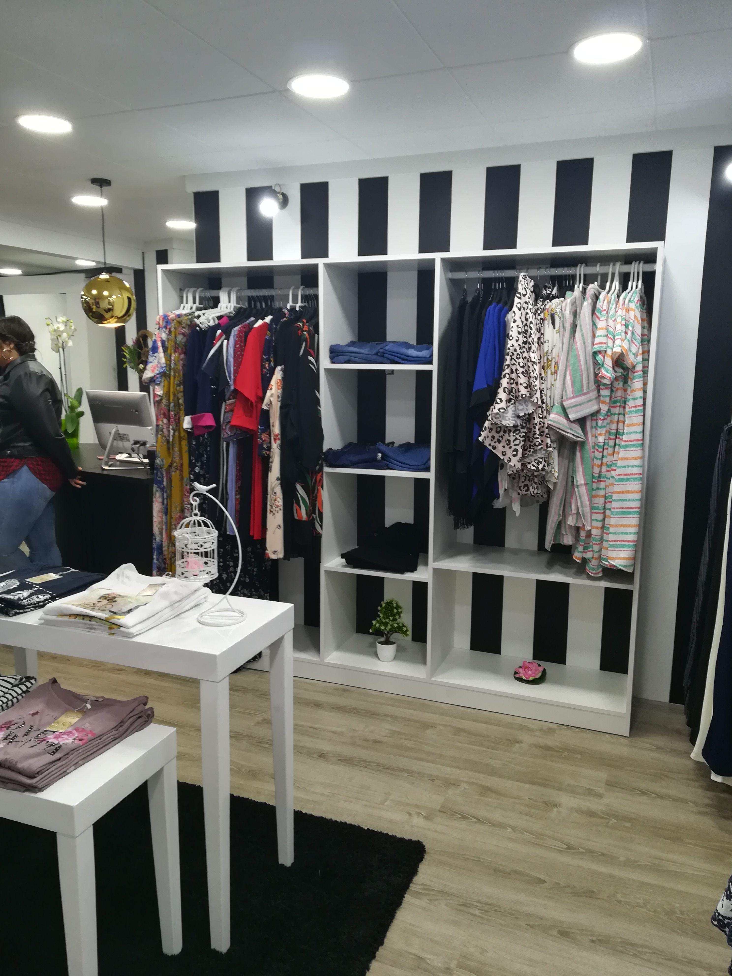 Detalle De Tienda Danna Tallas Grandes Proyecto Ecodecointeriores Murcia Espana Proyectos Murcia Tallas Grandes