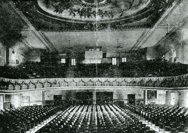 Earle Theater (now Warner Theater) interior (~1910).