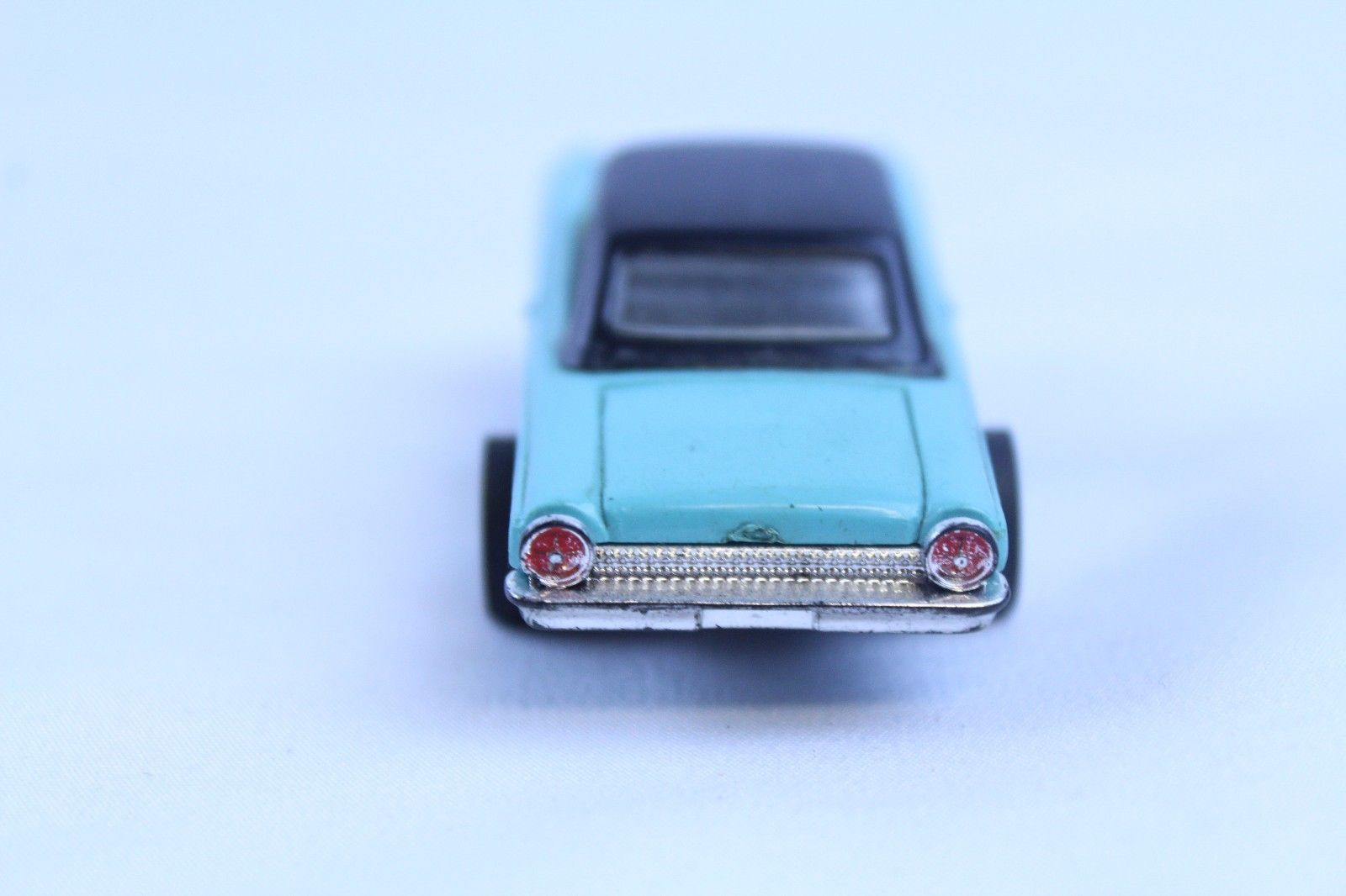Light Blue Turquoise HO Scale Mustang