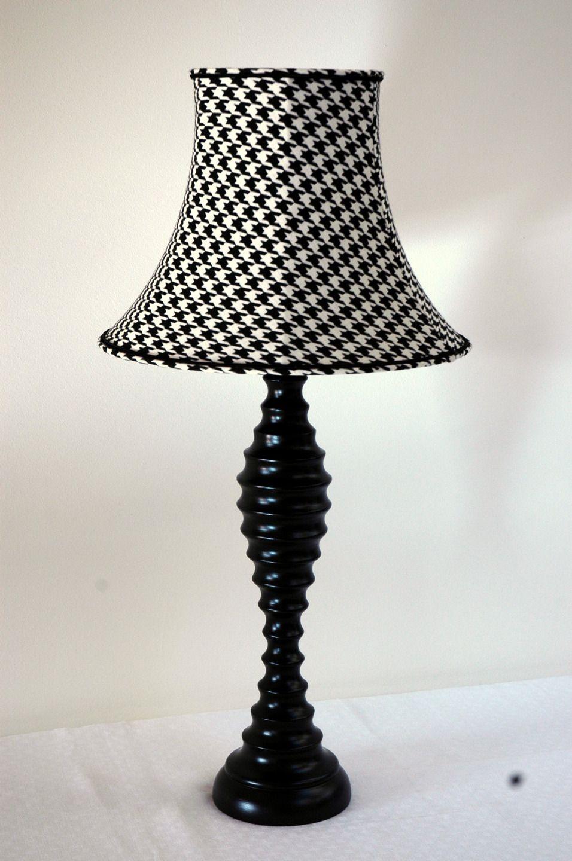 Lampe Retro Pied De Coq Noir Et Blanc Luminaires Par J Lumine Pied De Poule Lampe Retro Luminaire