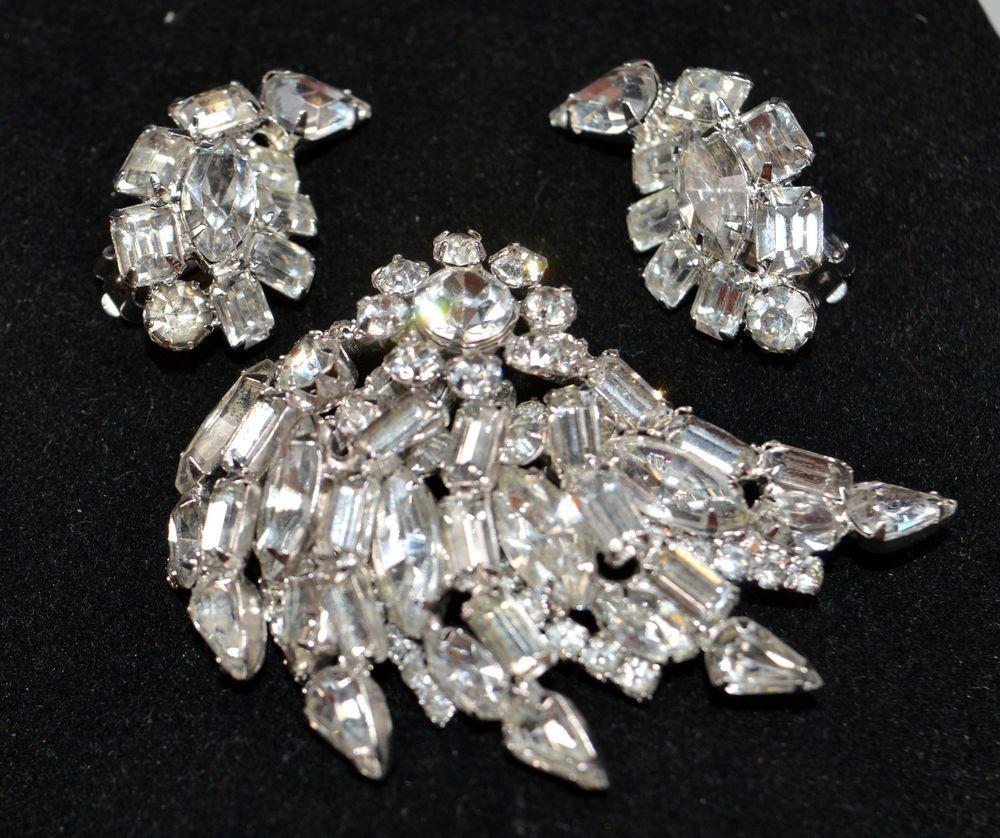 Rhinestone Pin Vintage