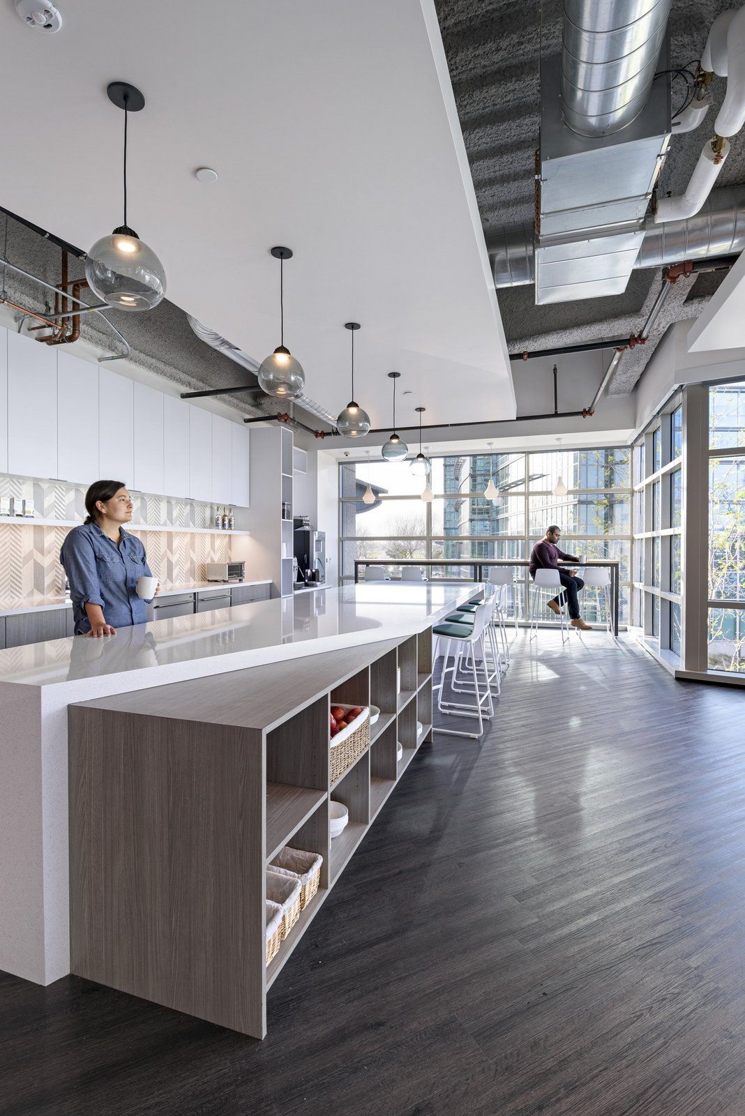 Office Break Room Design: Office Tour: Comcast's Silicon Valley Innovation Center