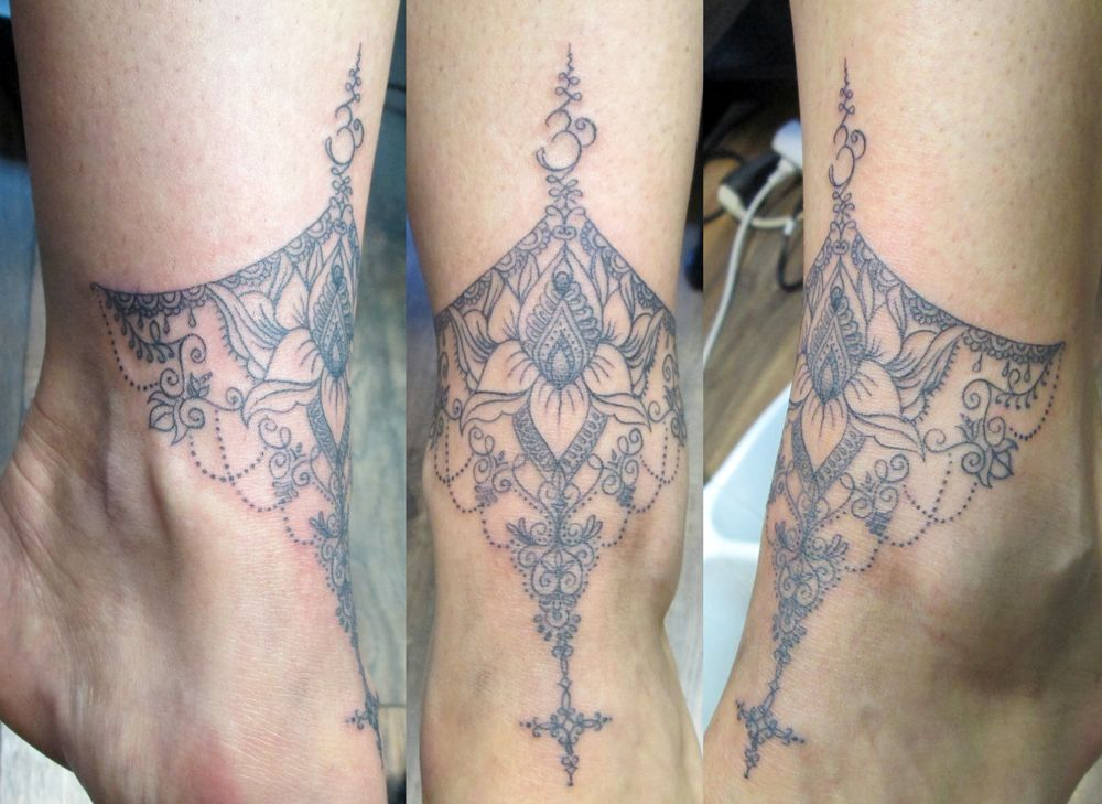 Lace Mandala Tattoo On Front Foot Ankle Tattoo Mandala Tattoos Mandela Tattoo