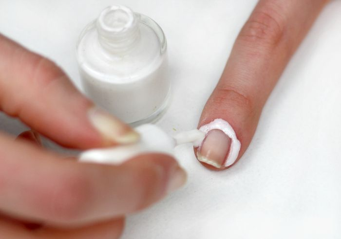 DIY Latexmilch Nailart
