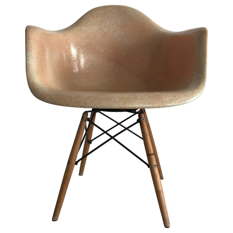 Phenomenal Charles Eames Armchair First Edition Paw Swivel Fibreglass Beatyapartments Chair Design Images Beatyapartmentscom