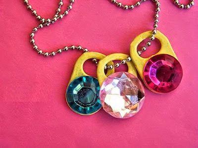 Haz un collar con arillas de latas recicladas ~ lodijoella
