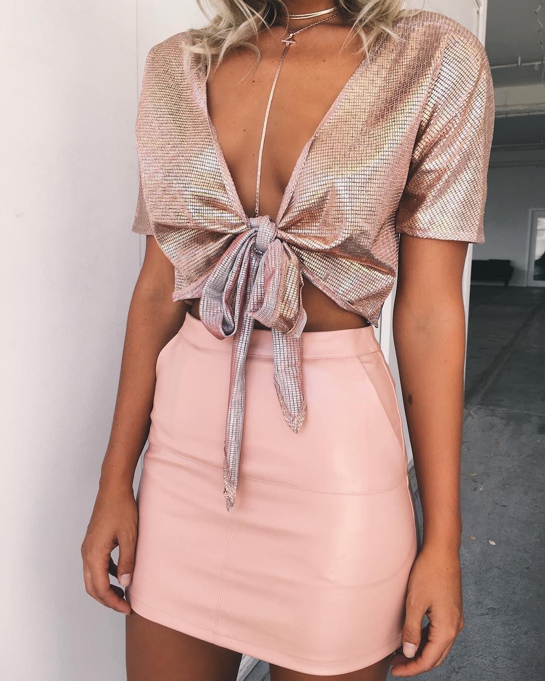 Pin de Bethany Lewenczuk en fashion!!   Pinterest   Ropa, Blusas y Noche