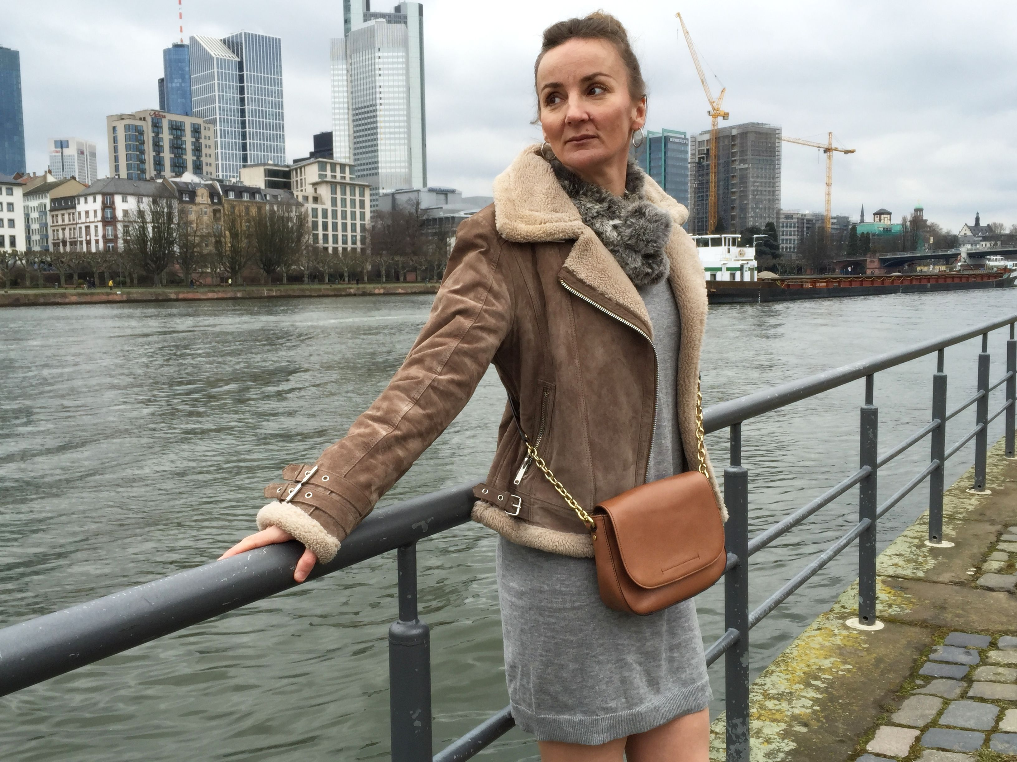 Grey Knitdress OTK Boots Beige Shearling Jacket - City Style Frankfurt   Oceanblue Style