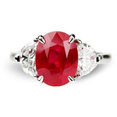Ring Clic Three Stone Design Natural Ruby