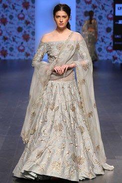 804db59ebebb3a Payal Singhal Indian designer Lakme Fashion Week SR 16 new collection shop  now