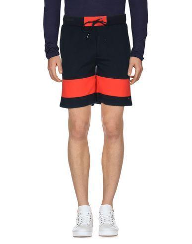 MARC BY MARC JACOBS Shorts. #marcbymarcjacobs #cloth #top #pant #coat #jacket #short #beachwear