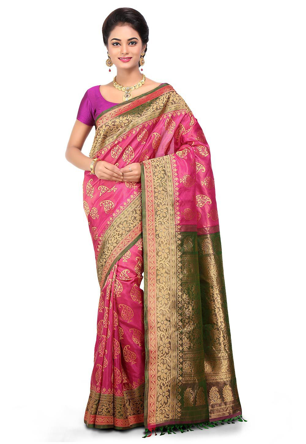 Engagement pattu saree images handloom pure gadwal silk saree in fuchsia  things to wearsarees