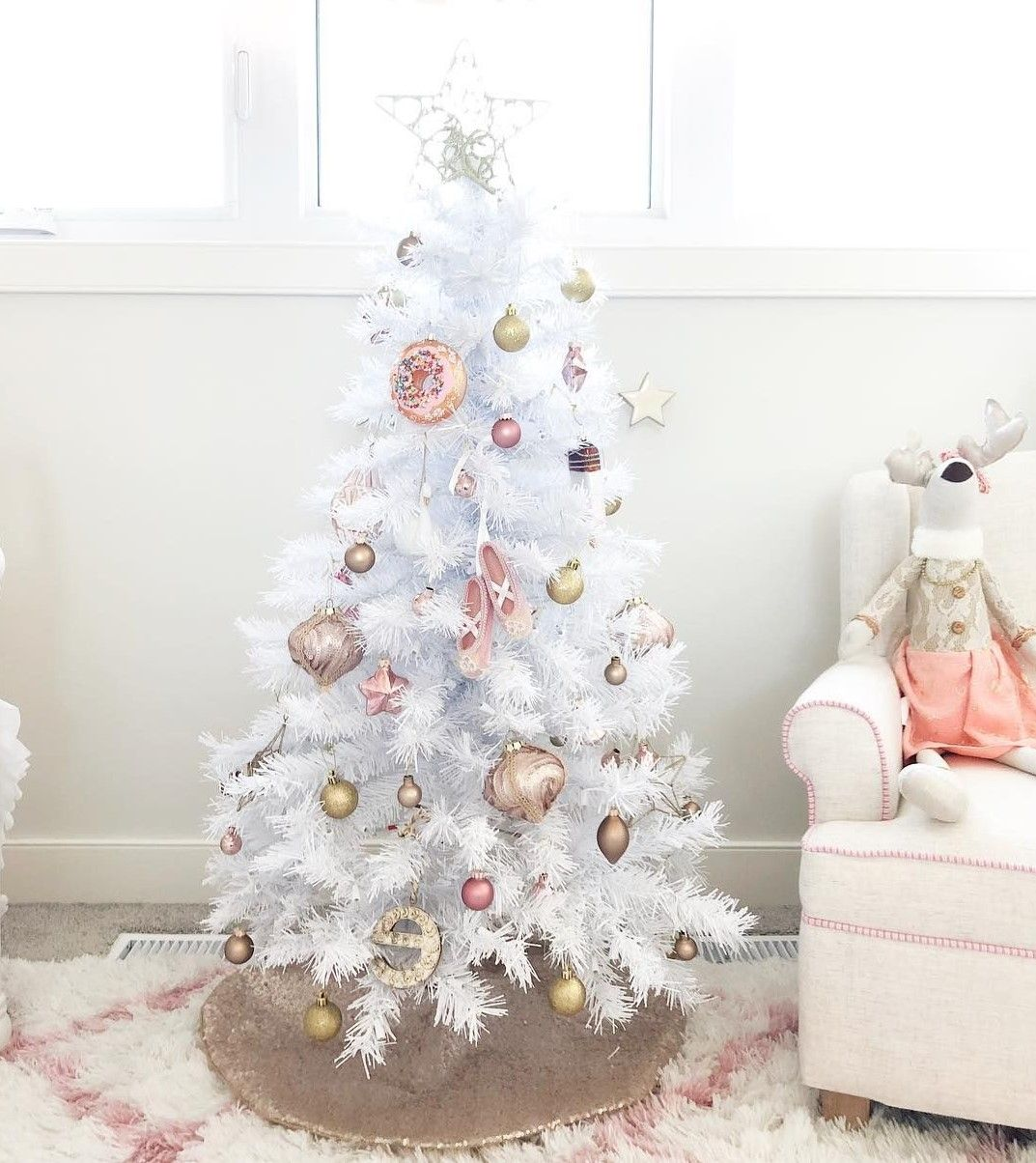 100 Options Incroyables De Deco De Noel Gifi A Bas Prix Deco De Fete Decoration De Noel Zenidees Decoration Noel Deco Noel Decoration