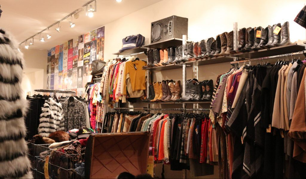 Best Vintage Clothing Shopping In Amsterdam Cute Shops Markets Vintage Clothes Shop Shopping Outfit Vintage Clothing Stores