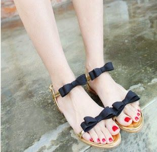 Beautiful And Latest Slippers For Girls