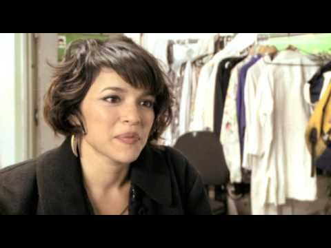 "Norah Jones - Making Of ""Chasing Pirates"""