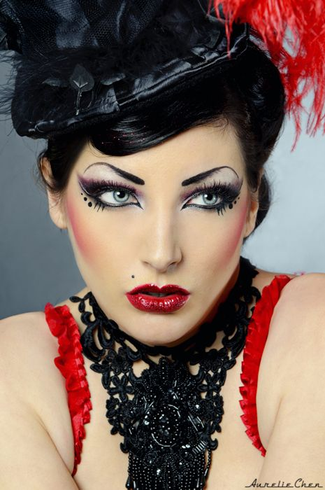 Burlesque Makeup Google Search Schonheit Karneval Schminken