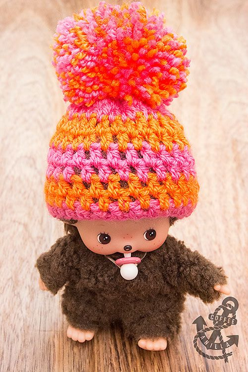 Super Easy Crochet Hat with Giant PomPom | Gehäkelte puppen ...
