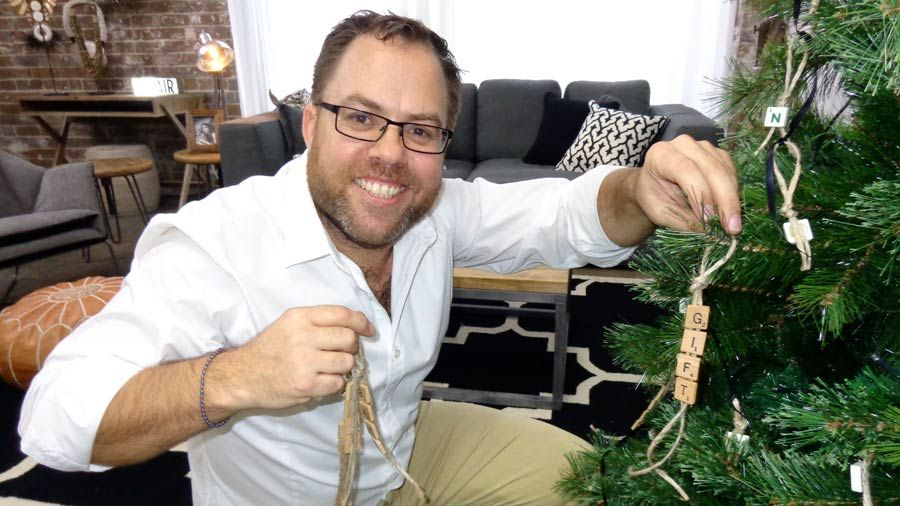 The Living Room, Channel 10   Christmas Tree Challenge