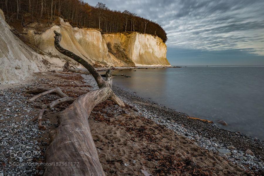 chalk cliff by Sundblick via http://ift.tt/2ht2Uhr