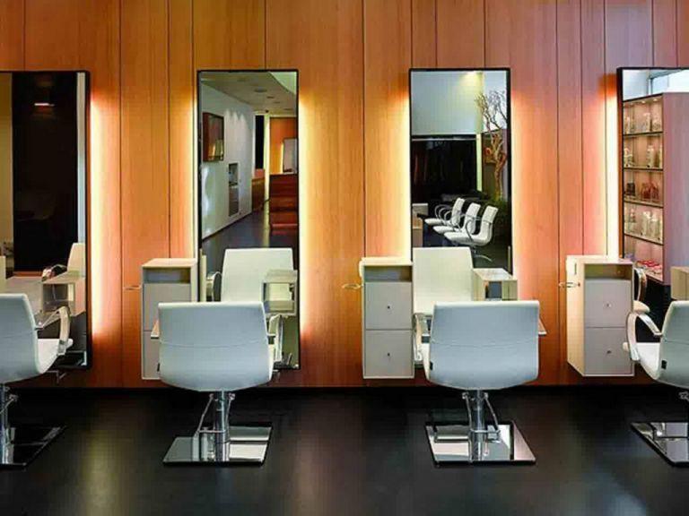 Amazing Salons 20 Best Small Beautiful Salon Room Design Ideas Salons Bestsalons Amazingsalons Sal Salon Interior Design Hair Salon Design Salon Interior