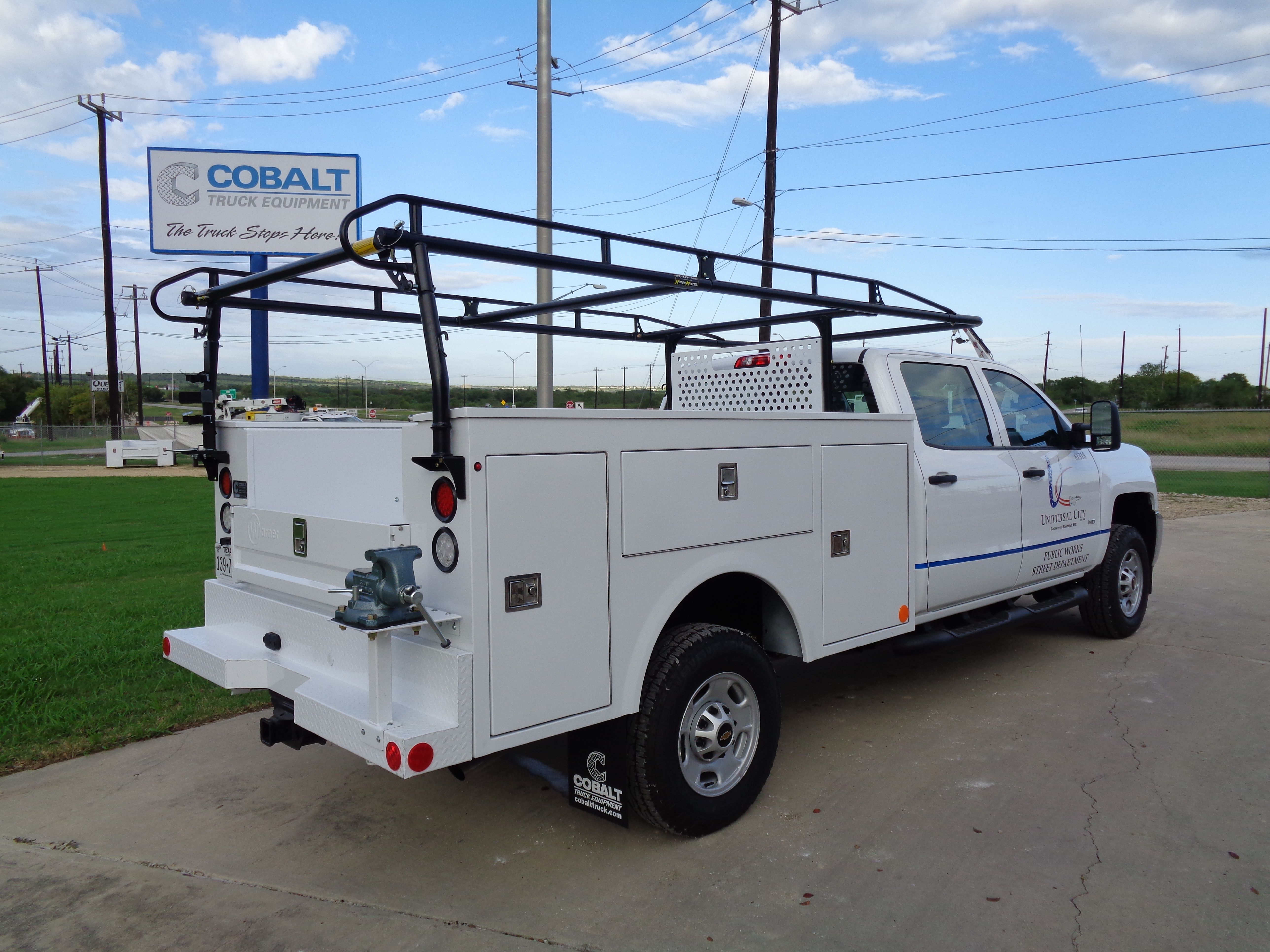 738d011b875f Heavy duty Emberton drawer units and a Kargo Master ladder rack make this  service body ready to get to some serious work  What types of jobs would  you use ...