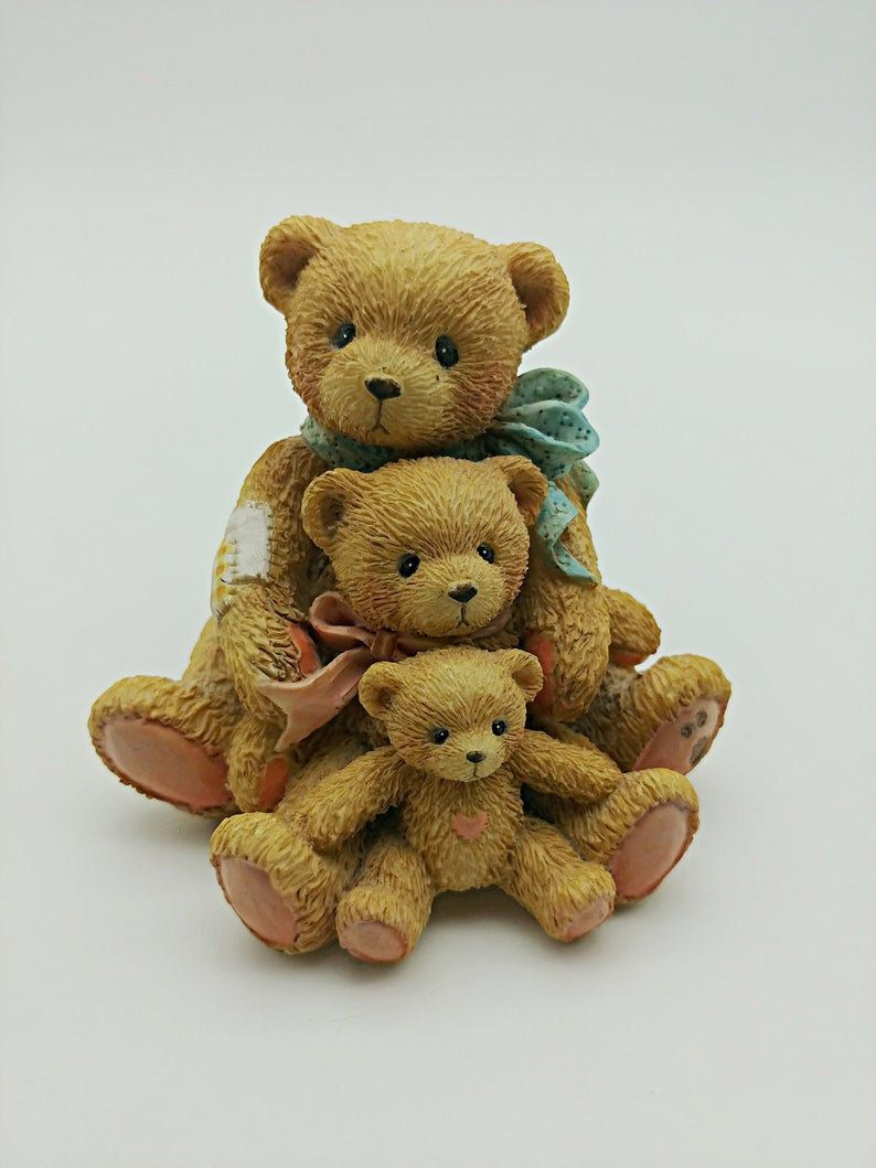 Cherished Teddies Figurine Adoption Figure  Kara You/'re a Honey of a Friend New in Box
