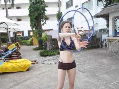 Ariel's Twin Hoop Spin Breaks (turorial) - YouTube
