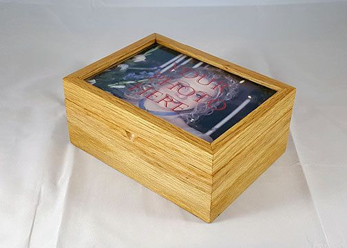 Red Oak Handmade Wooden Keepsake Box W 5x7 Picture Frame Lid